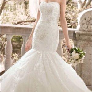 David's Bridal $1200 Wedding Dress
